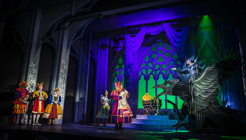 Sleeping Beauty at Nottingham Playhouse, photography by Pamela Raith
